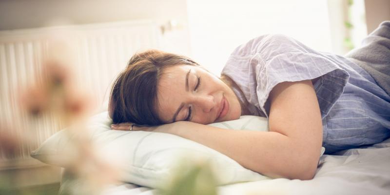 woman-sleeping-in-bed.jpg